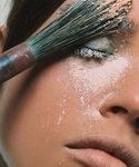 Ошибка макияжа «Лицо призрака»